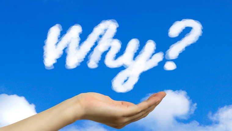 手のひらと「Why?」という形の雲