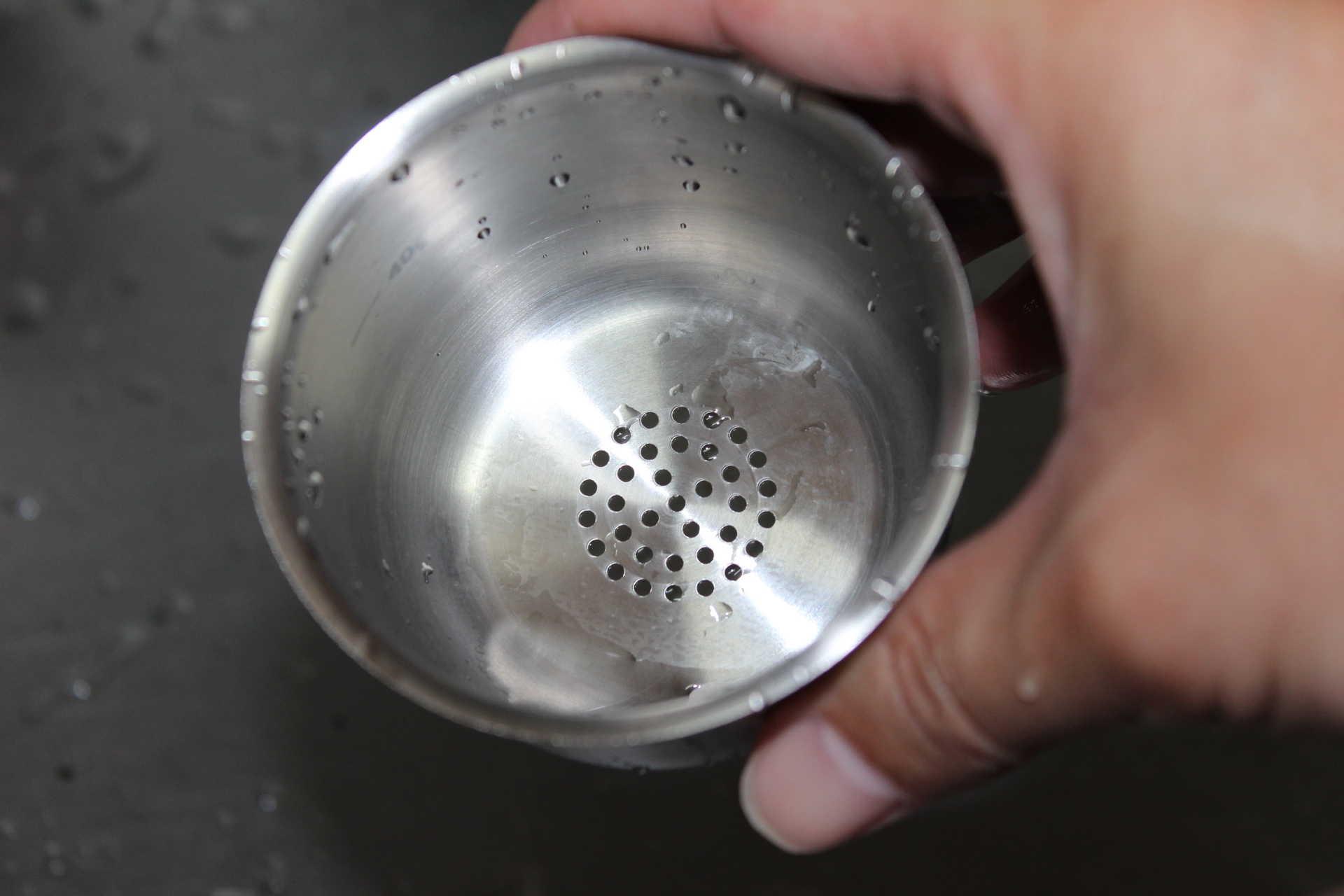 コールドブリューが作れるWiswell Water Dripperのコーヒーバスケットの洗浄後