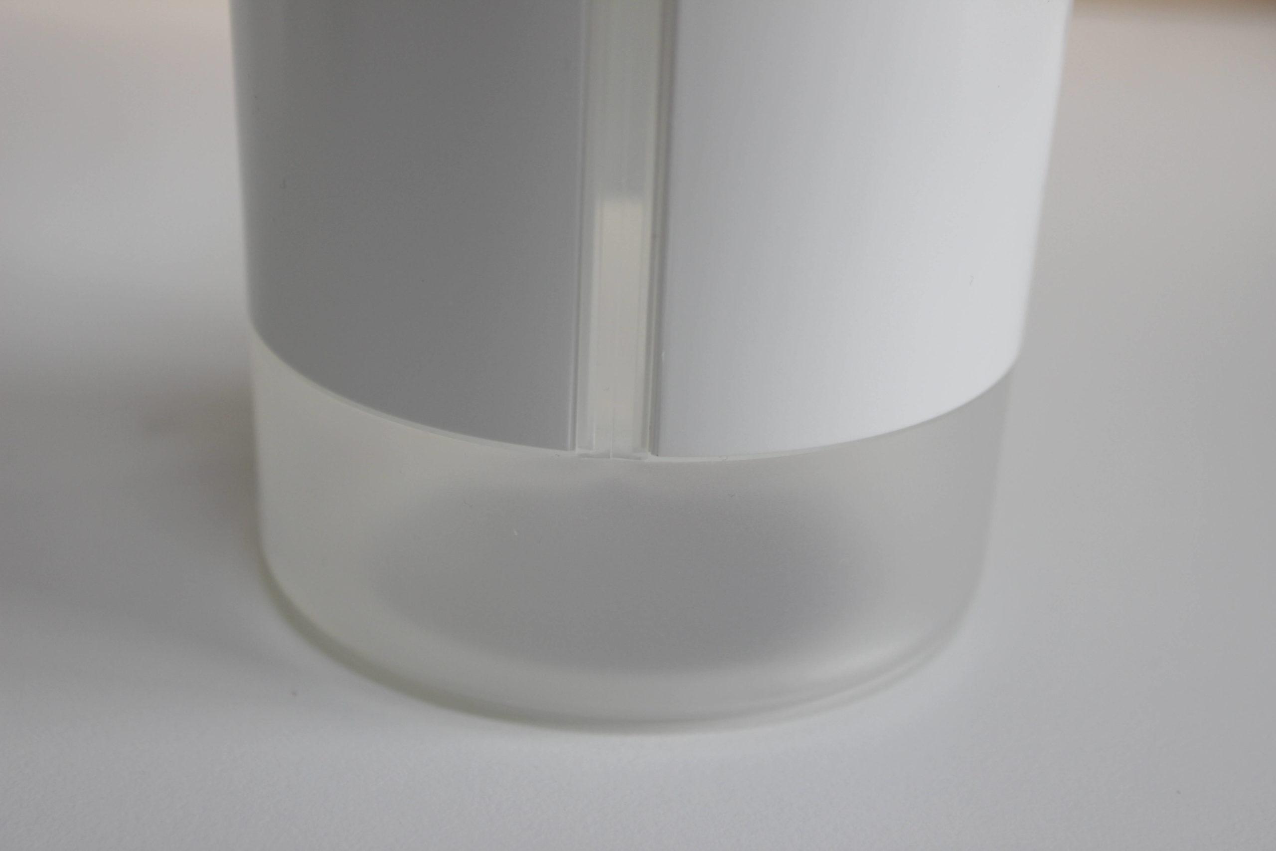 JACESS充電式卓上加湿器の水位確認窓