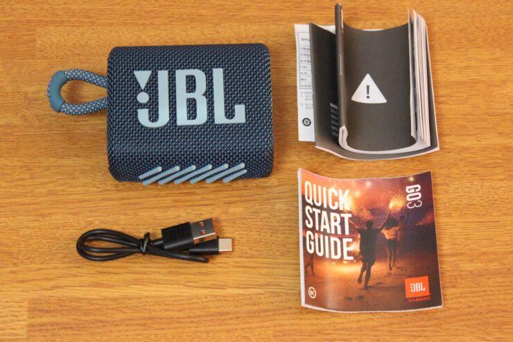 「JBL Go 3 ポータブルBluetoothスピーカー」同梱品